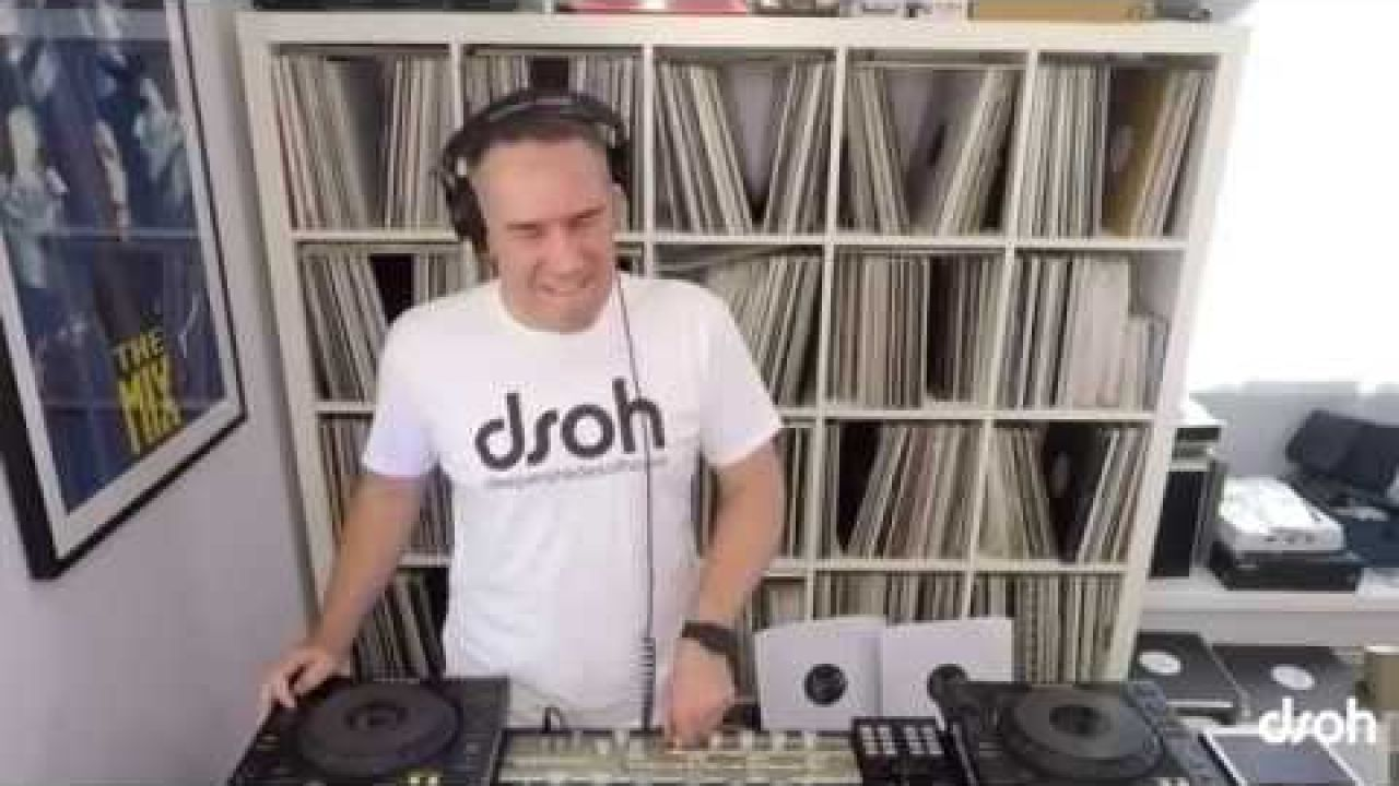 DSOH #654 - Lars Behrenroth LIVE IN THE MIX - Deeper Shades Of House